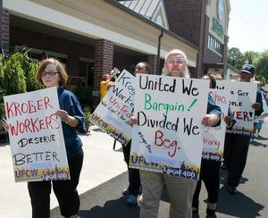 Kroger Workers & Allies Demand End to Anti-Worker Messages